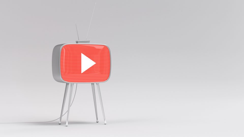 "YouTube Rumored to Become More Social with ""Backstage"""